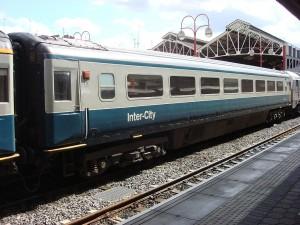 1024px-British_Rail_Mk_3_M12043_at_Marylebone_A