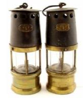 Pit Lamps